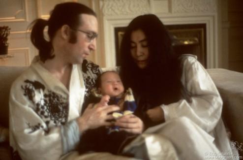 John Lennon, Yoko Ono and Sean Lennon, NYC - 1975