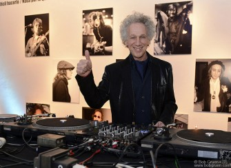 June 19 - Buenos Aires - I DJ'd at the opening of the exhibition playing some good rockin' music.