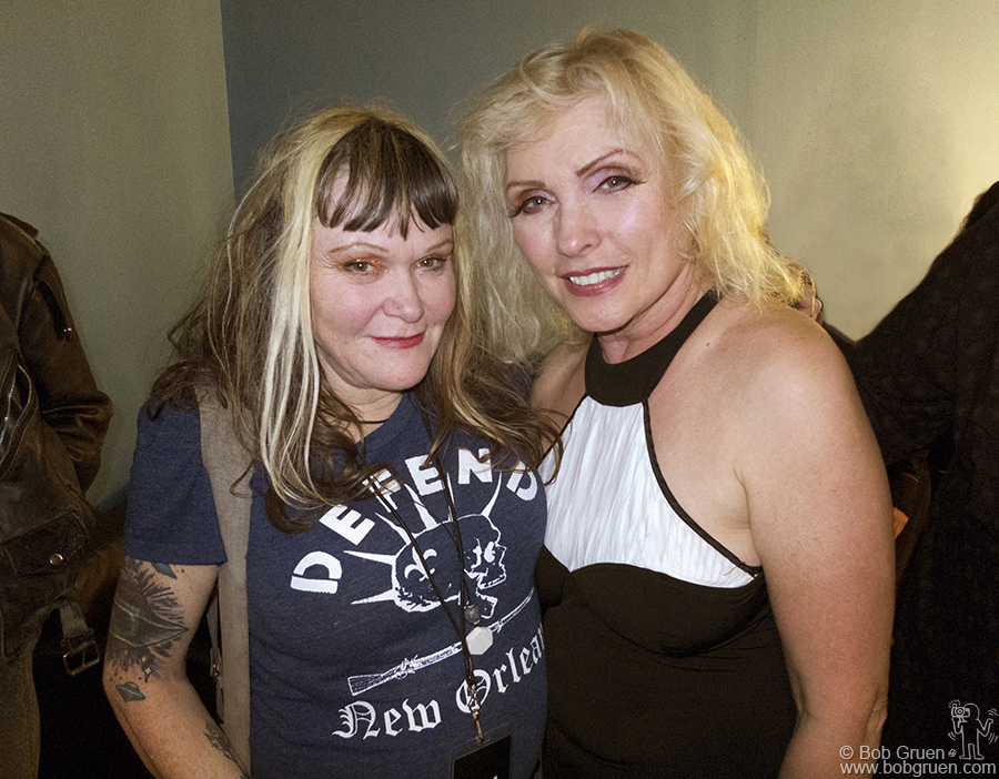 Exene opened the Blondie show at Roseland with her band 'X' and then later said hi to Debbie Harry backstage.