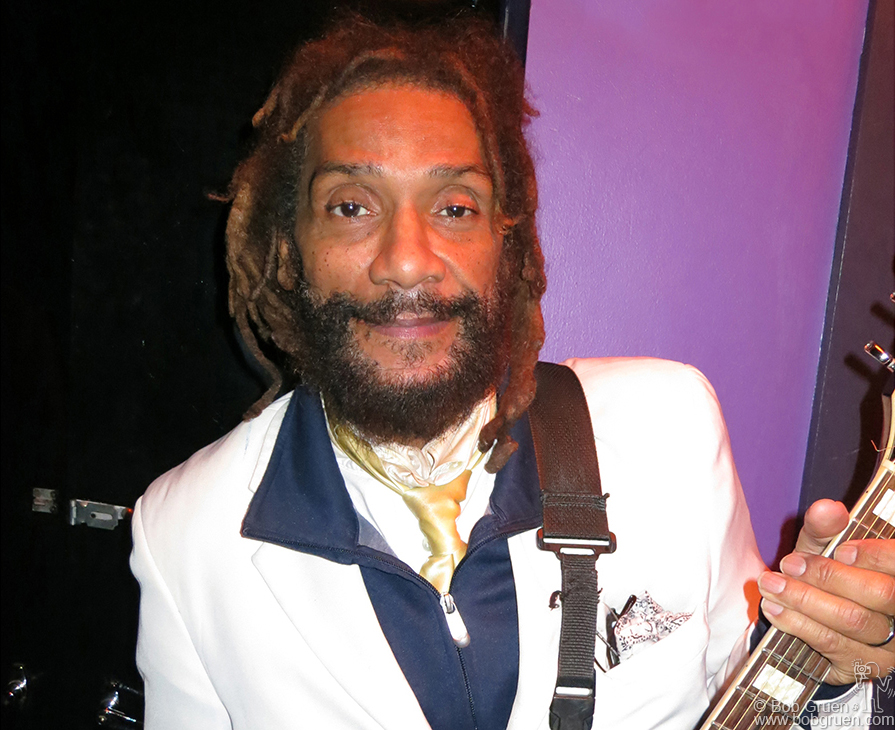 Nov 6 - NYC - HR from the Bad Brains was the host of a benefit at Bowery Electric for victims of the hurricane. Many musicians lost equipment in the hurricane Sandy flood.