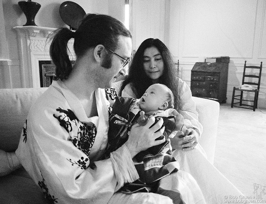 John Lennon Yoko Ono Sean NYC 1975