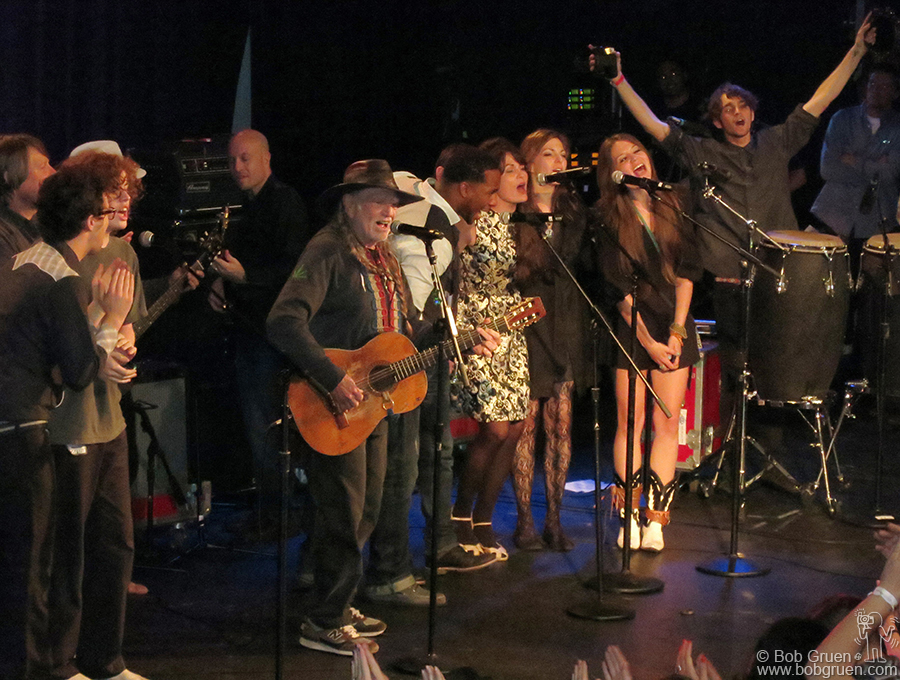 June 6 - NYC - Four generations of the Nelson family gathered on the stage at the Hard Rock Cafe to present a musical celebration for Willie's 80th birthday!