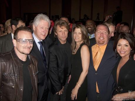 Bono, Bill Clinton, Jon Bon Jovi, Dorothea Hurley, Mario Bitali & Rachael Ray, NY - 2009