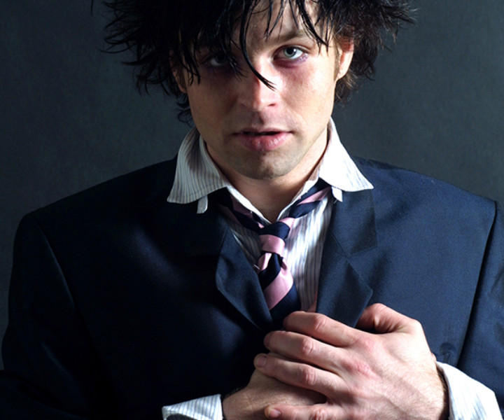 Ryan Adams, NYC. August 19, 2002. <P>Image #: C-290 © Bob Gruen