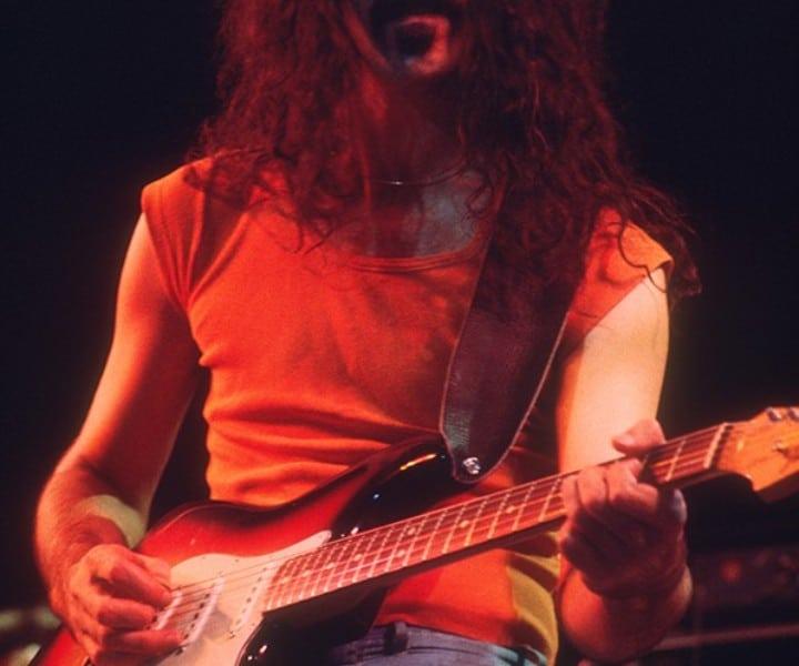 Frank Zappa, Felt Forum, NYC. October 31, 1975. <P>Image #: C-36  © Bob Gruen