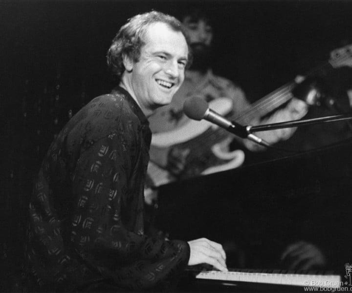 Peter Allen, MSG, NYC. November 21, 1974. <P>Image #: R-142  © Bob Gruen
