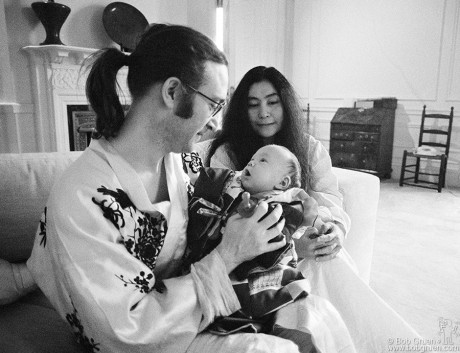 John Lennon, Sean Lennon & Yoko Ono, NYC - 1975
