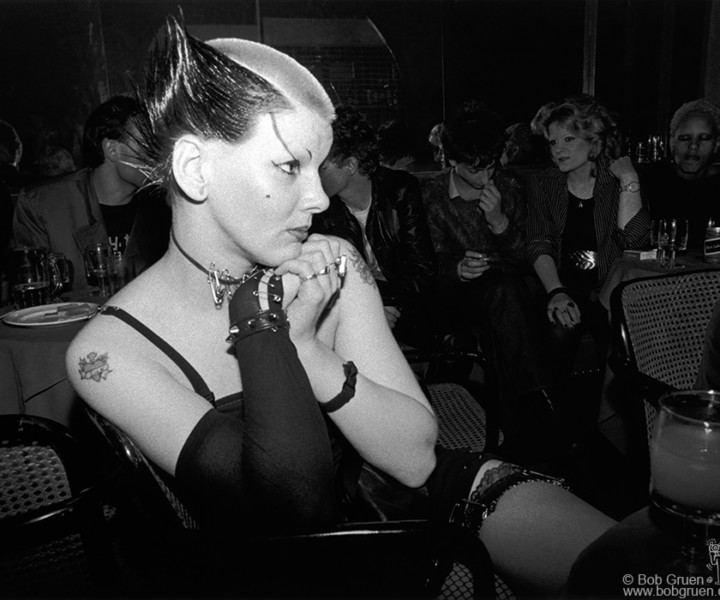 Soo Catwoman, Club Louise, London, England. October 1976. <P>Image #: R-389 © Bob Gruen