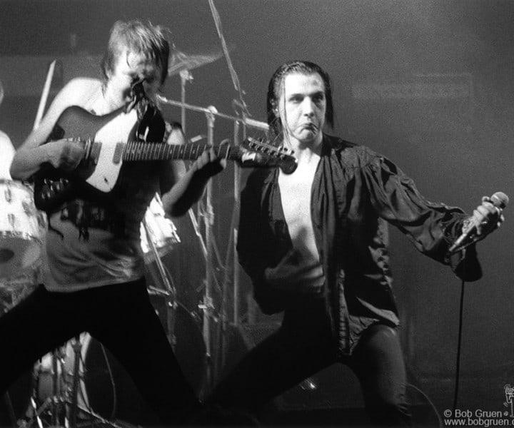 Captain Sensible and Dave Vanian, Electric Ballroom, London, England. December 1979. <P>Image #: R-391  © Bob Gruen