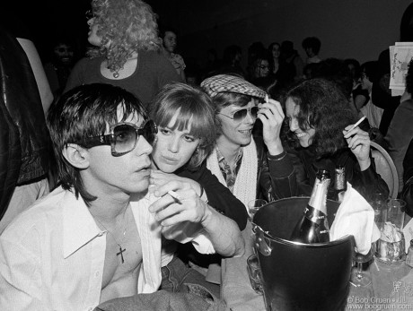 Iggy Pop, Cyrinda Foxe, David Bowie & Lisa Robinson, NYC - 1977