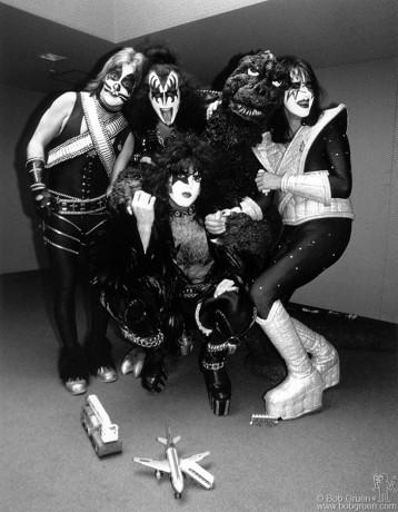 Kiss & Godzilla, Tokyo - 1978