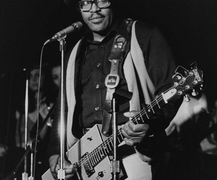 Bo Diddley, Max's Kansas City, NYC. March 3, 1977. <P>Image #: R-485  © Bob Gruen