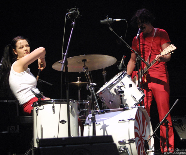 White Stripes, Radio City Music Hall, NYC. August 15, 2002. <P>Image #: C-317 © Bob Gruen