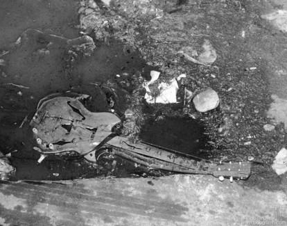 Guitar, NYC - 1975