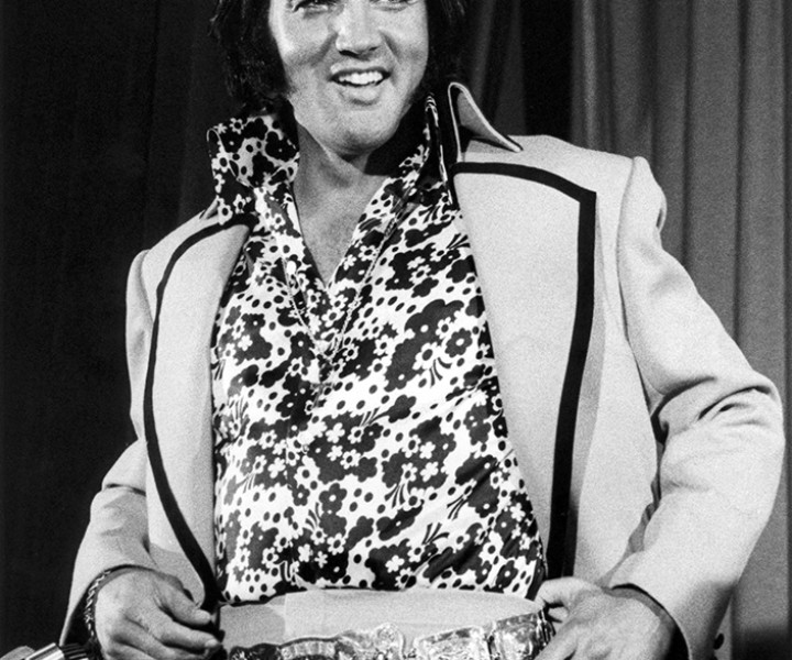 Elvis Presley, New York Hilton, NYC. June 9, 1972. <P>Image #: R-182  © Bob Gruen