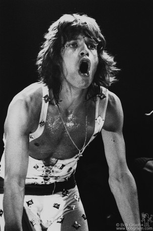 When I first showed this picture to a friend of mine he said he thought Mick Jagger wouldn't like it, but I disagreed saying that his lips looked like the band's logo.