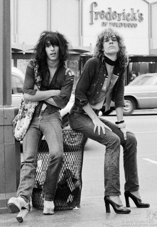 Johnny Thunders and David Johansen, CA - 1973