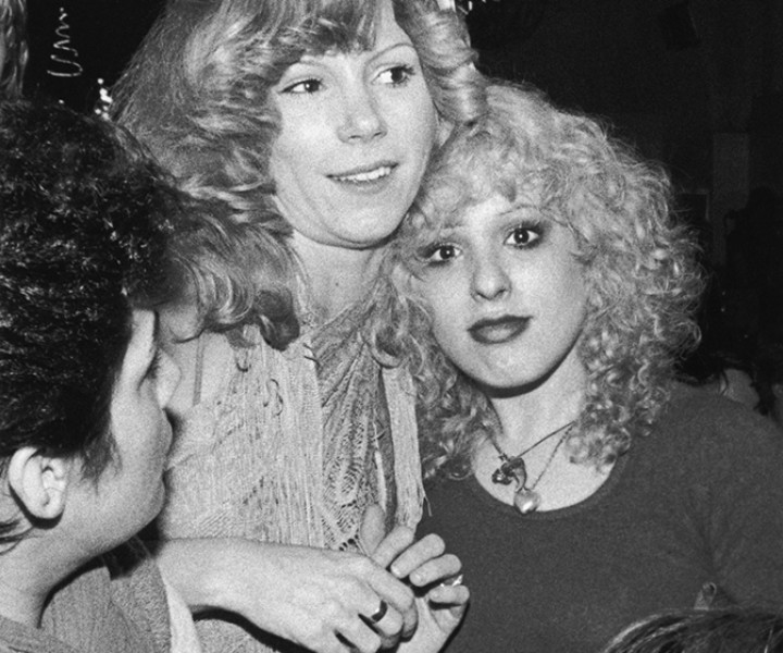Sable Starr and Nancy Spungen, Ocean Club, NYC. March 1977. <P>Image #: R-417  © Bob Gruen