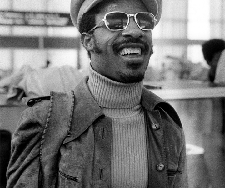 Stevie Wonder, Detroit, MI. September 28, 1974. <P>Image #: R-471 © Bob Gruen