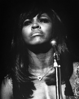 Tina Turner, MD - 1971