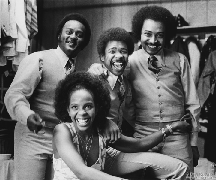 Gladys Knight and the Pips, Apollo Theater, NYC. March 14, 1973. <P>Image #: R-495  © Bob Gruen