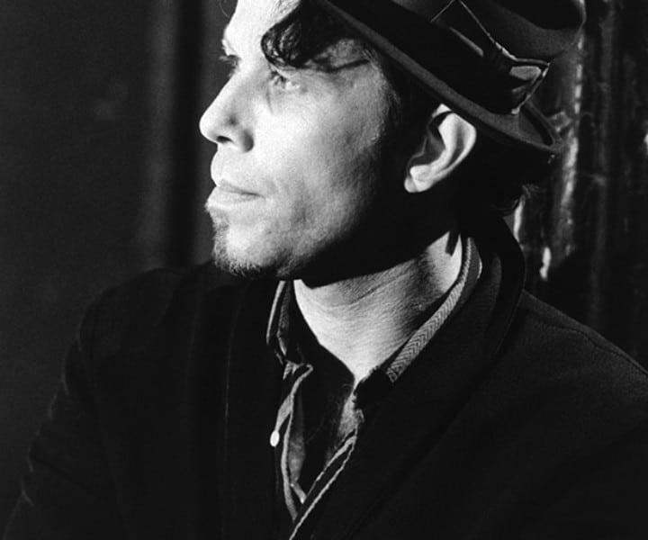 Tom Waits, NYC. October 1985. <P>Image #: R-524 © Bob Gruen
