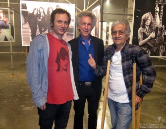 April 3 - Sao Paulo - My old friend Roy Cicala (on the right), who for many years owned the Record Plant Studio in NY, came to the opening party in spite of having to use crutches due to a hip injury. On the left is Apollo Nove, who is a partner in Roy's new studio in Sao Paulo.