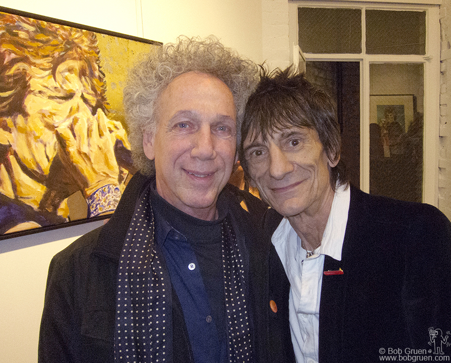 April 12 - NYC - Back home, I went to see Ronnie Wood at the opening of an exhibit of his art at the Broome Street gallery.