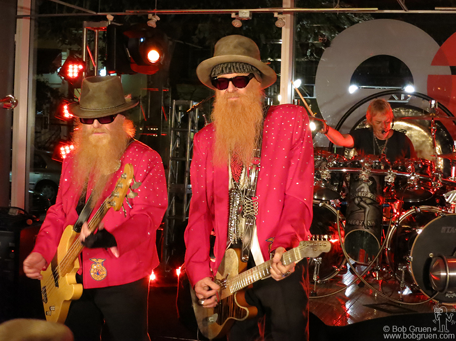 Sept 11 - NYC - ZZ Top performing at the Varvatos/GQ Magazine party.