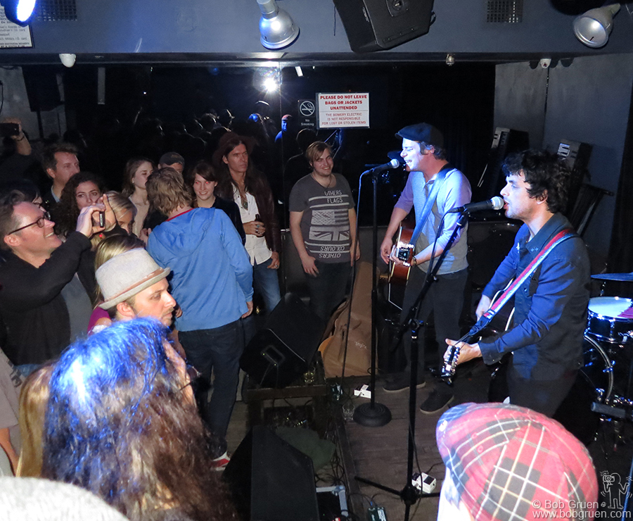 Sept 12- NYC - Billie Joe and Jason White popped up unexpected at Bowery Electric singing acoustic versions of several new songs.