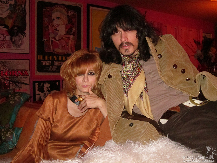 Nov 30 - Los Angeles - I visited Linda Ramone and JD King at home in Los Angeles.