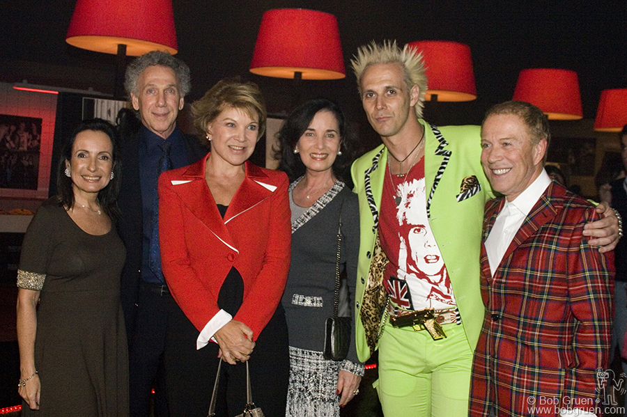 Celita Procopio de Carvalho, Bob, Marta Suplicy, Eleonora Mendes Caldeira, Supla & FAAP President Antonio Bias Bueno Guillon, at the opening.