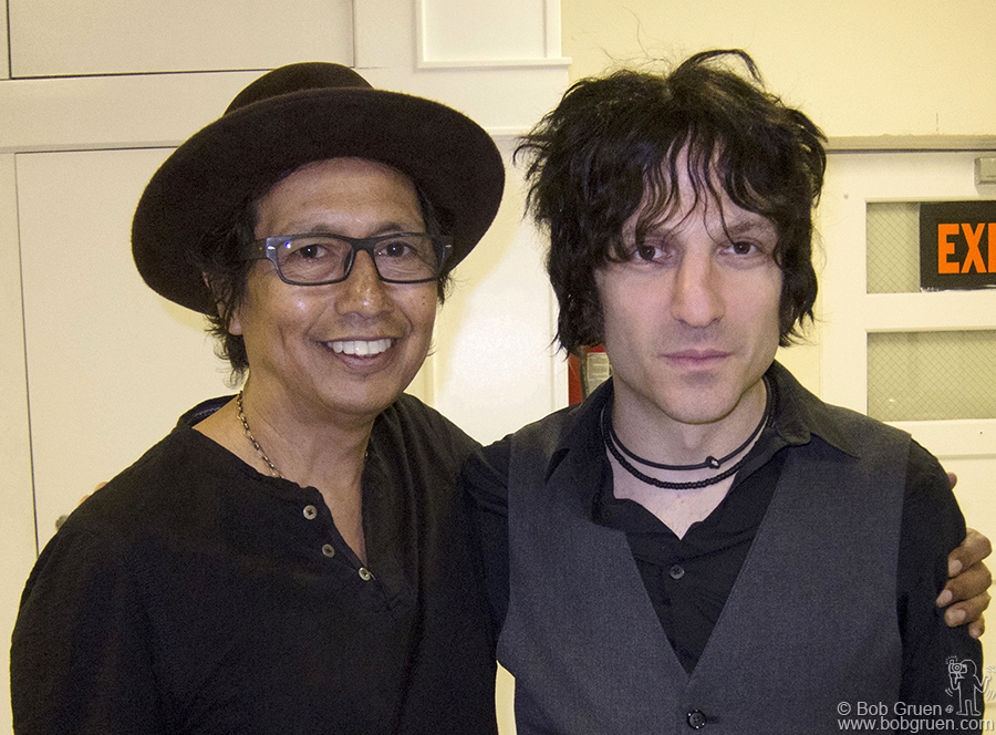 April 29 - NYC - Alejandro Escovedo & Jesse Malin shared the bill at a show in Port Washington as part of a short tour they did together.