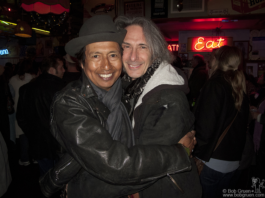March 20 - Austin, TX - Alejandro Escovedo & Lenny Kaye get close after playing at Maria's Taco Express, and again the food was as good as the music.