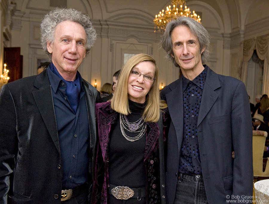 Mary Weiss of the Shangri Las, who was also inducted into the Long Island Music Hall of Fame, and Lenny Kaye who introduced me at the induction ceremony.