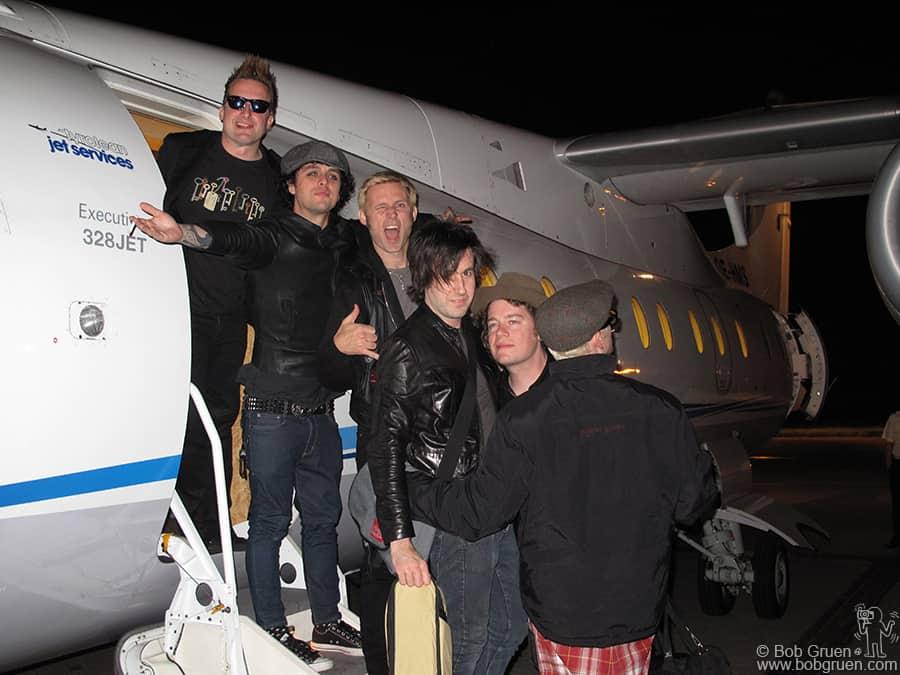 June 24 - Paris - Then the band gets a quick plane ride to Paris.