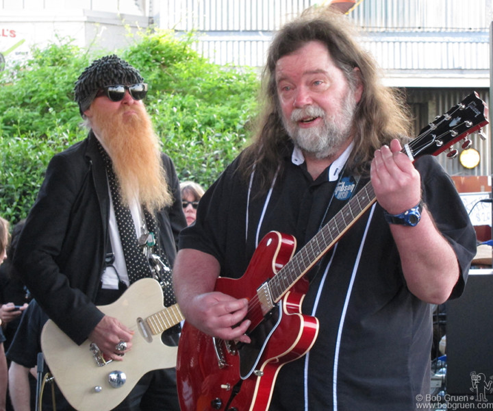 Billy Gibbons of ZZ Top joined Roky Erickson at Threadgills outdoor stage.