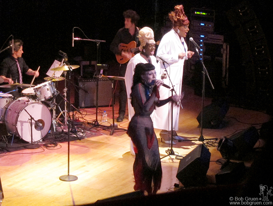 April 21 - NYC - The incredible Joey Arias played a solo show at Town Hall, with a band and backup singers.