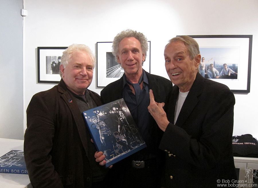Oct 5 - NYC - I had an exhibition of my photos and a book signing, and my old friends Jeff Samuels and famed NY radio DJ John Zacherly came by.