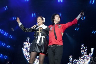 As he usually does, Billie Joe brought a girl from the audience to sing with the band, and in Dublin of all places he found a girl dressed as a nun.
