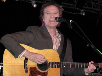Over at La Zona Rosa Ray Davies sang and told stories to the audience and we all had a good time.