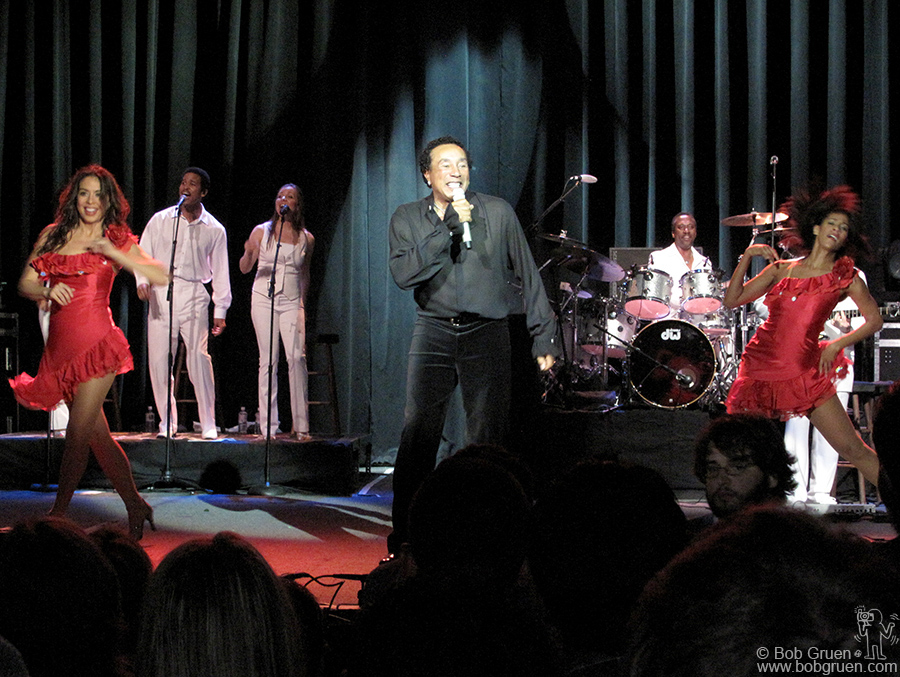 March 19 - Austin, TX - Smokey Robinson was the best show I saw at SXSW. He played at the Austin Music Hall and while there were a lot of new young groups playing in Austin, none was better than this master performer.