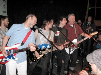"Wayne Kramer and Billy Bragg played with some local musicians to celebrate their visit to the nearby jail in connection with their charity ""Jail Guitar Doors"", which brings guitars to prisoners."