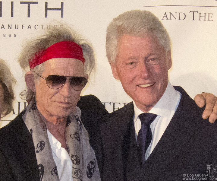 Nov 8 - NYC - President Clinton gave the Norman Mailer Literary award for biography to Keith Richards....Keith said the night was 'one for the books!'.