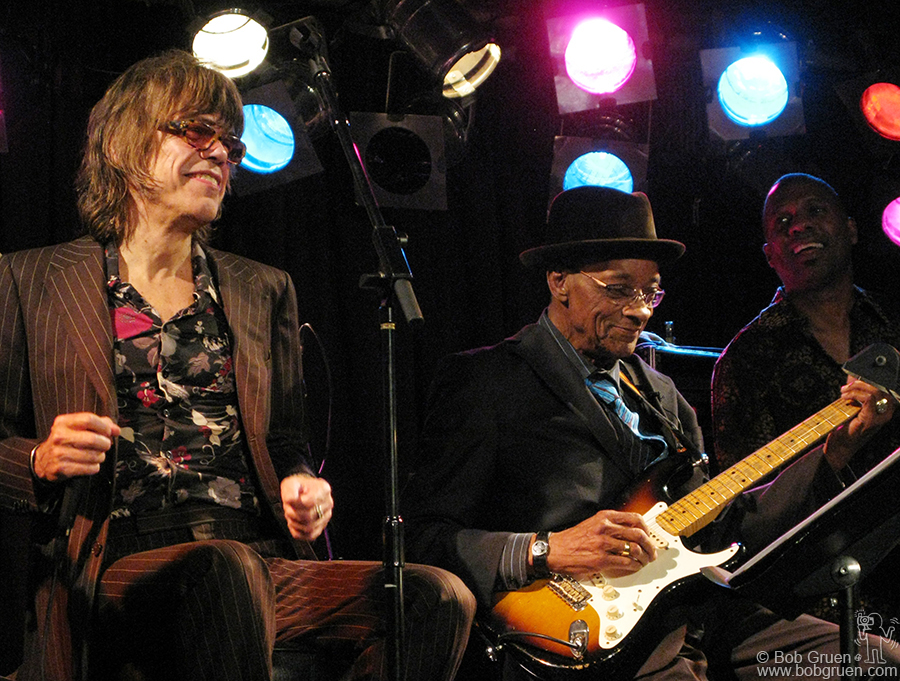 Nov 26 - NYC - Hubert Sumlin celebrated his 79th birthday at BB Kings Club with an all-star band that included David Johansen.