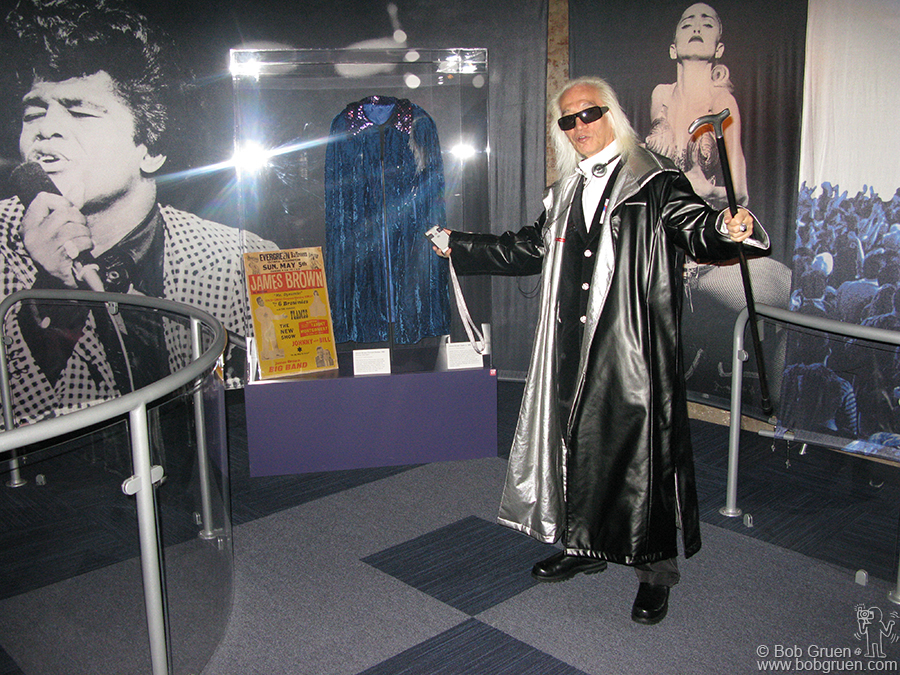 Dec 5 - NYC - A few days after the opening I went to the Rock and Roll Hall of Fame Annex with my good friend from Japan, Rock Star Yuya Uchida. One day he should be part of the exhibit.