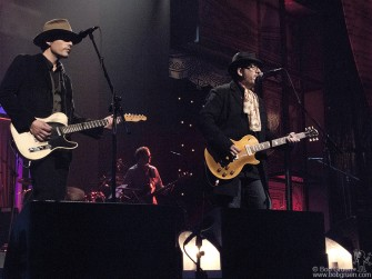 Jakob Dylan was a guest of Elvis Costello on Elvis' new VH1 TV interview show, taped at the historic Apollo Theater.