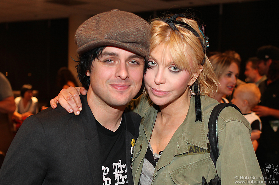 Courtney Love was backstage to say hello to Billie Joe.