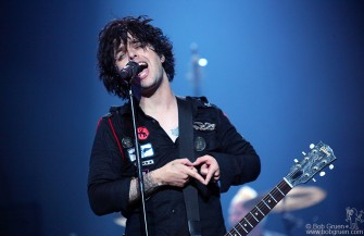 Billie Joe - A singer with heart!