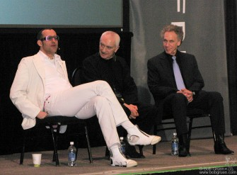 May 13 - Karim Rashid, Massimo Vignelli & Bob Gruen were among the featured speakers at the Gravity Free convention in Chicago, an amazing meeting of designers held at the Chicago Museum of Science and Industry.